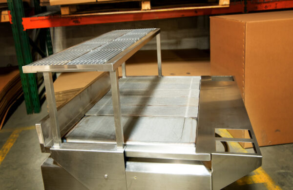 Champion TUFF grill with shelf
